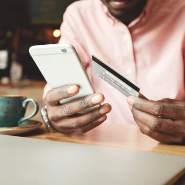 How Mobile Banking can help manage finances